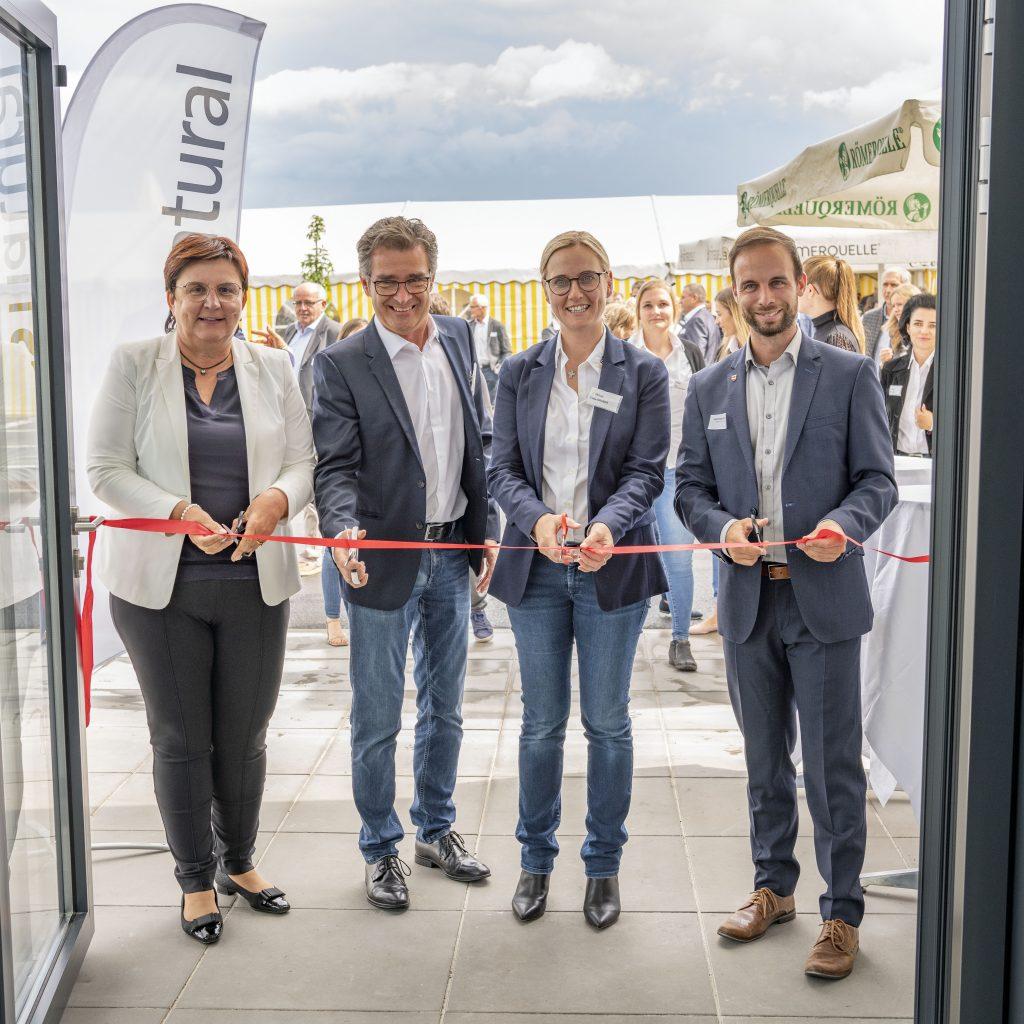 Große Eröffnung der neuen Lithos Firmenzentrale